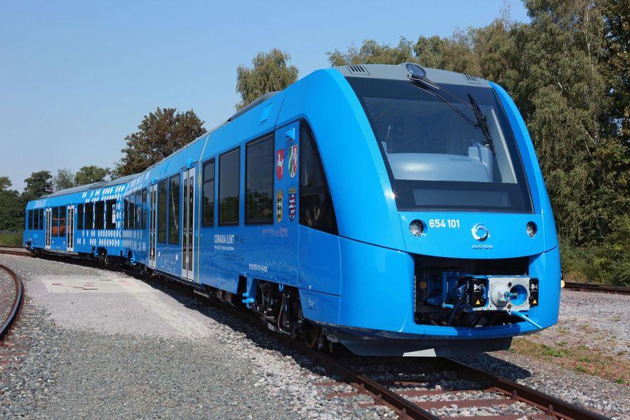 Auvergne-Rhône-Alpes : les trains à hydrogène vont entrer en gare avec retard, mais avec Alstom Villeurbanne à bord