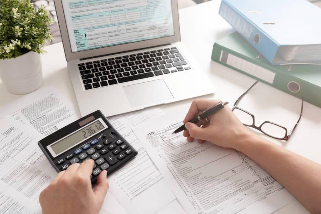 Pourquoi préférer un expert-comptable en ligne ?