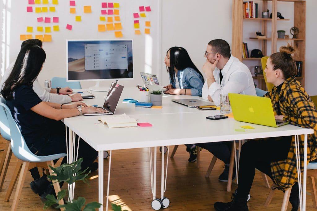 Indicateurs de performance RH audit RH analyse des équipes entreprise recrutement professionnels audit