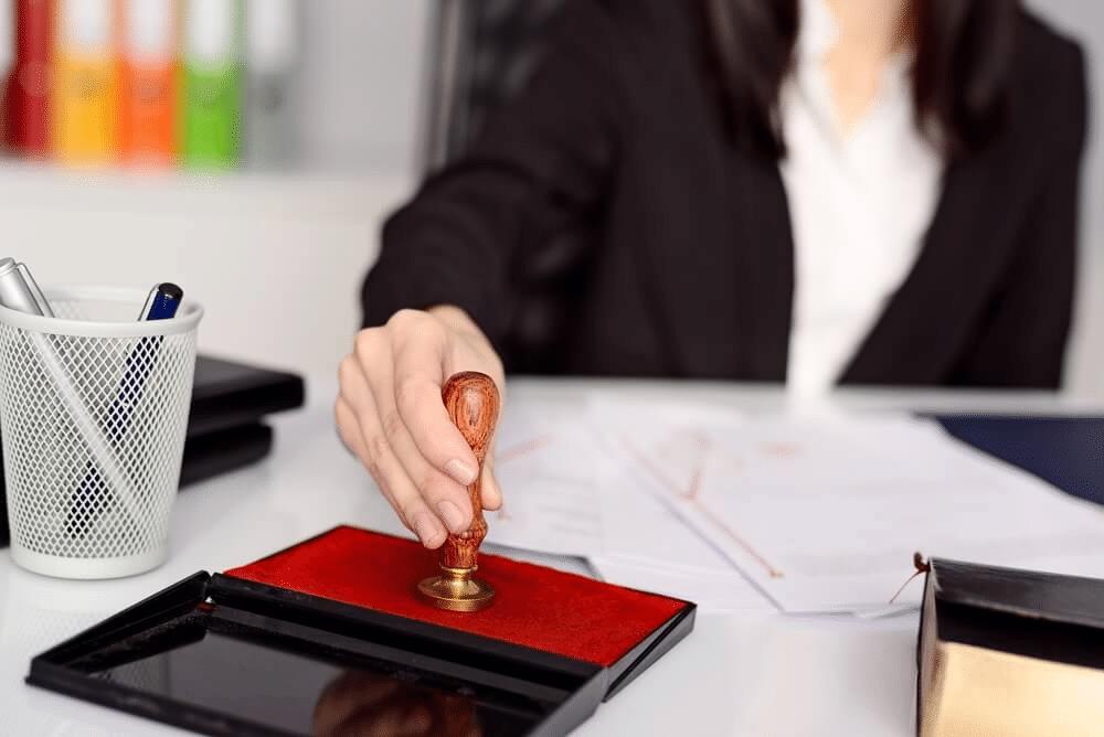 Comment choisir une agence de traduction certifiée