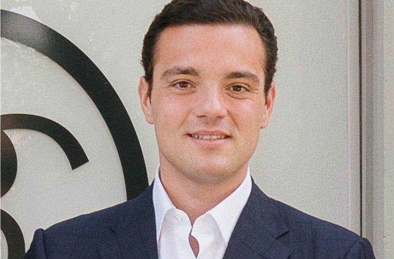 Il prend en franchise 7 Galeries Lafayette : à 30 ans, avec SGM, le Lyonnais Frédéric Merlin devient un grand acteur de l'immobilier commercial