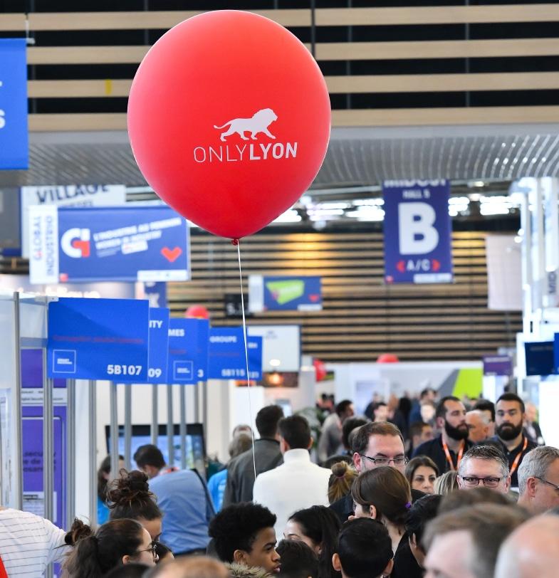 Salons : après plus d'un an d'absence, le grand embouteillage de la rentrée à Lyon