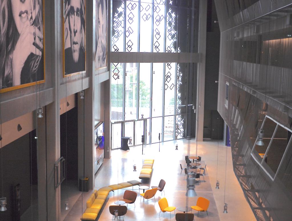 Le plus grand cinéma d'Auvergne-Rhône-Alpes avec 3 101 fauteuils a posé ses écrans sur le toit de la Part-Dieu