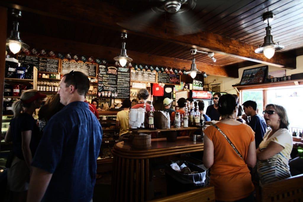 Les appareils professionnels indispensables pour un bar