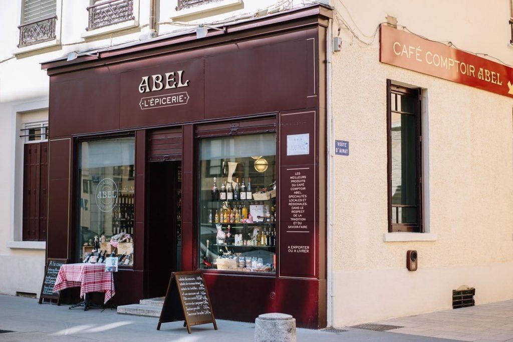 Abel : à partir d'un des plus anciens bouchons de Lyon, Philippe Florentin est en train de décliner une dizaine d'épiceries dans la Métropole