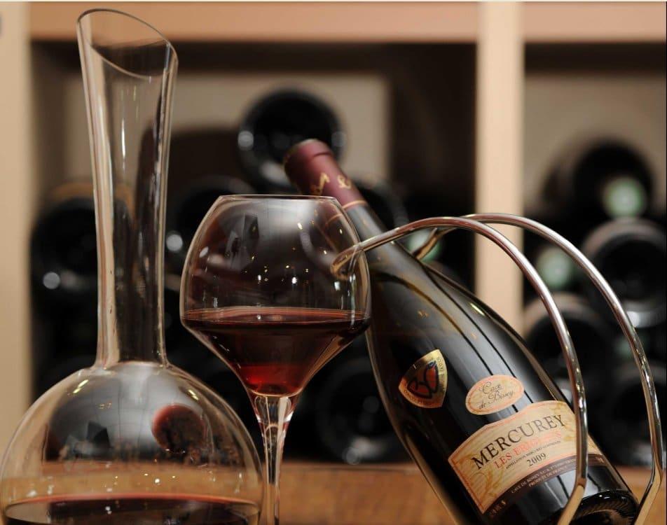 Marketing : la société lyonnaise ATS Studios propose de déguster aussi le vin avec les oreilles
