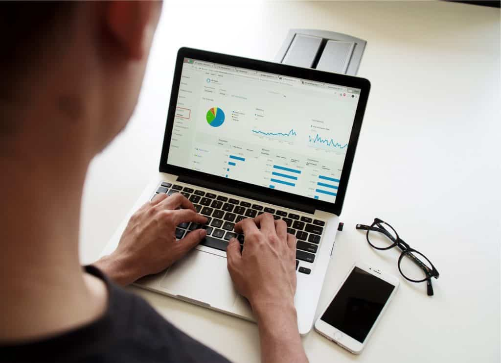 agence de création de sites web à Lyon agence web Lyon Lyon Entreprises stratégie marketing ordinateur Google Adwords