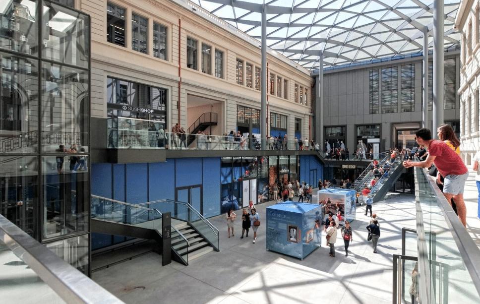 Après un an d'ouverture, la problématique du Grand Hôtel-Dieu: muer les visiteurs en consommateurs…