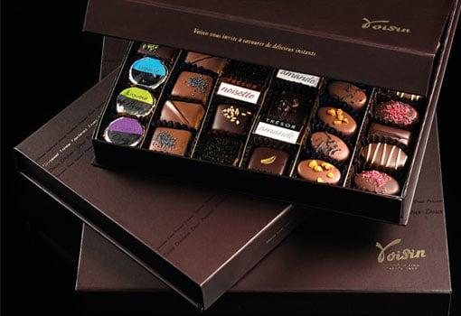 Cadeaux d'affaires gourmands : l'artisan chocolatier Voisin vous propose ses ballotins Prestige