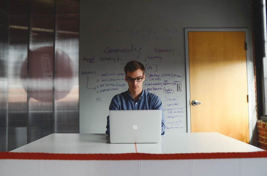 Vos talents sont des indépendants ? Gérez-les avec un Freelance Management System (FMS)