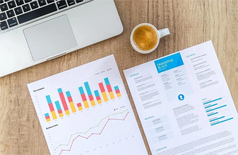 Les critères à suivre pour trouver un courtier et investir en bourse