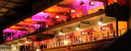 Hippodrome Carre de Soie la nuit - location du salon panoramique