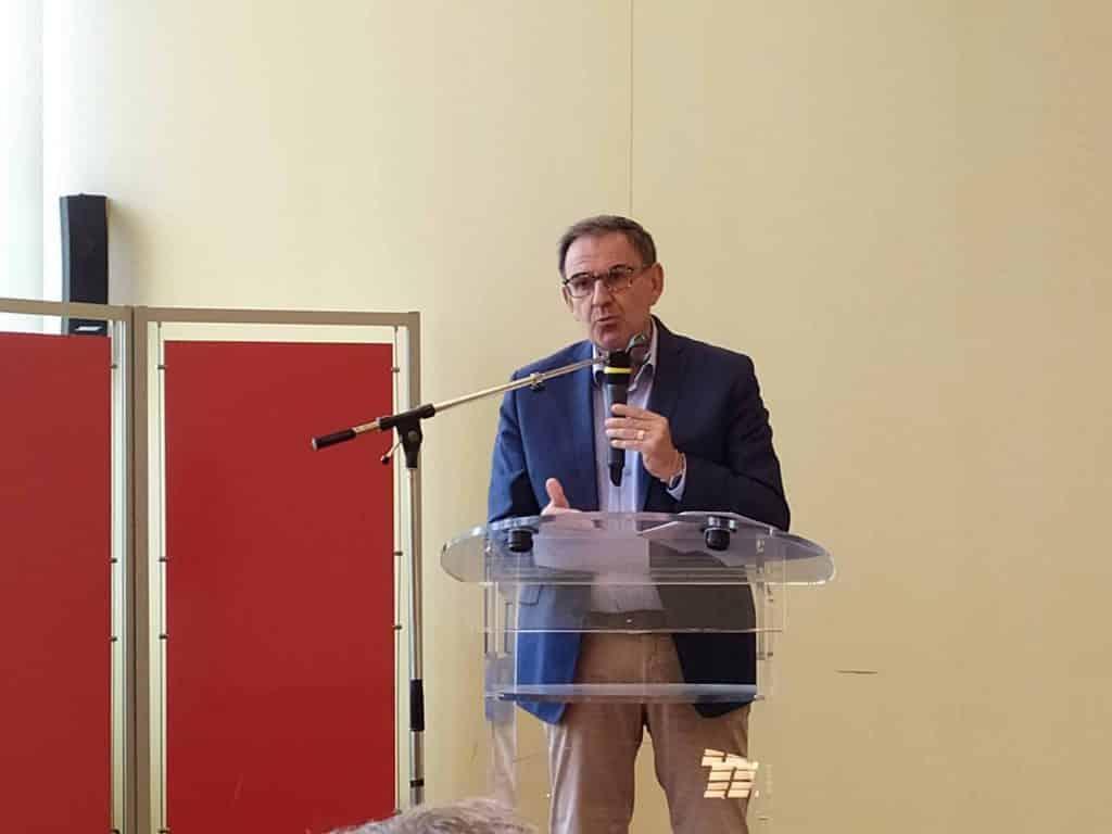 """David Kimelfeld a exprimé sa satisfaction au pupitre suite à la nomination des métropoles lyonnaise et stéphanoise au programme """"Territoires d'Innovation"""""""