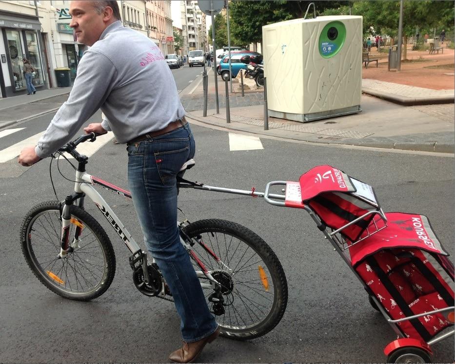 Innovation : Intermarché propose à ses clients lyonnais de faire leurs courses à vélo