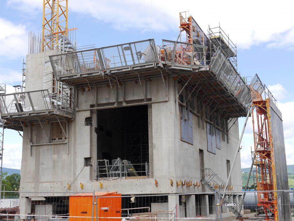 Le «Grand Carénage» des centrales nucléaires d'EDF profite à l'emploi: un pic actuel de 3 000 salariés actuellement à l'œuvre à Saint-Alban