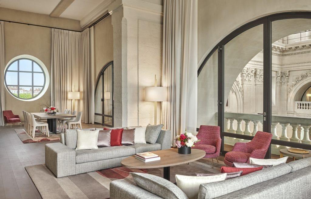 L'hôtel Intercontinental du Grand Hôtel-Dieu à Lyon qui ouvre ses portes le mardi 4 juin joue la carte de la quintessence lyonnaise