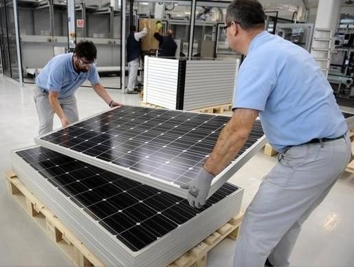 L'usine Bosch de Vénissieux troque avec succès les pompes à injection pour les panneaux solaires