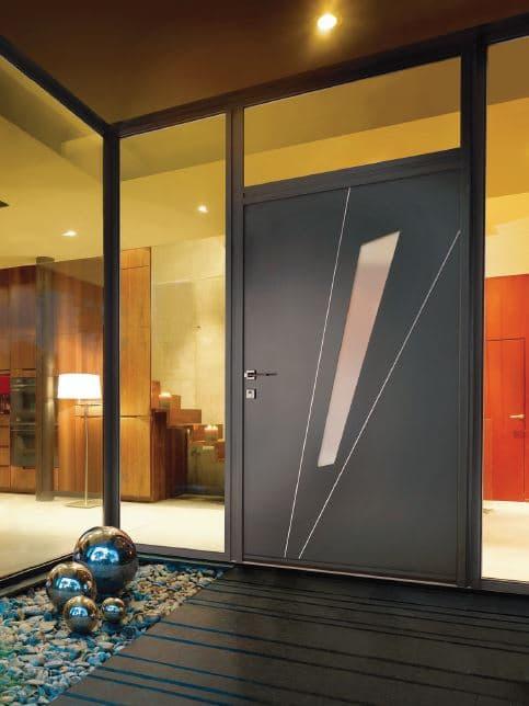 Magnifique porte d'entrée blindée par Fermetures Protection Lyonnaises