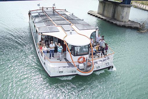 Votre séminaire à bord de la navette du canal