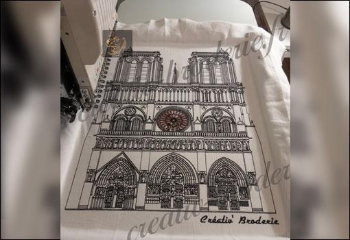 Notre-Dame de Paris a retrouvé sa flèche !