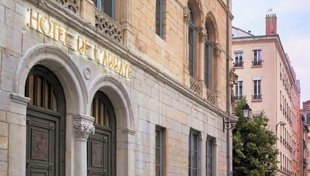 Un hôtel de charme 4 étoiles avec restaurant et café vient d'ouvrir ses portes au cœur du quartier d'Ainay à Lyon