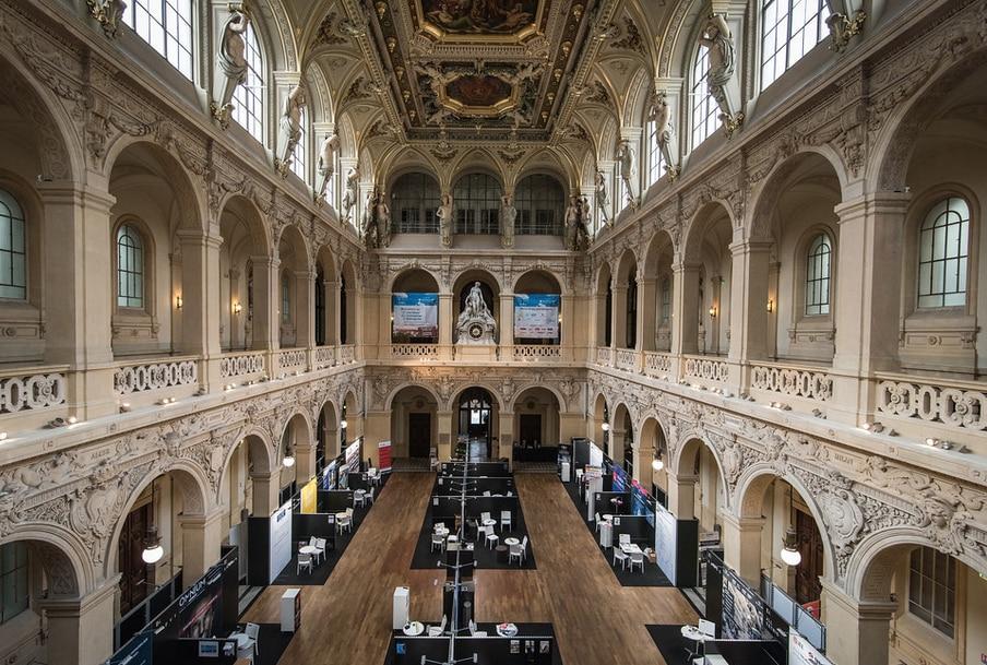 Le Carrefour de l'Immobilier d'Entreprise (CIEL) à Lyon reporté en octobre au Palais de la Bourse
