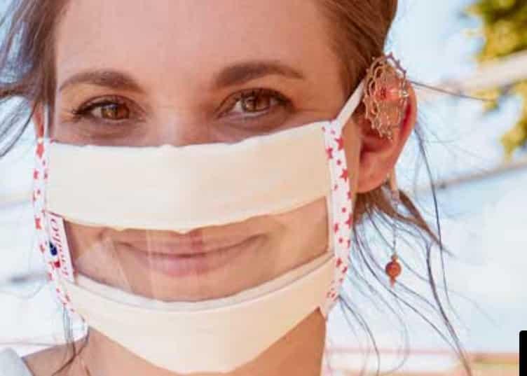 Une entreprise lyonnaise fait un véritable tabac en fabriquant des  masques transparents