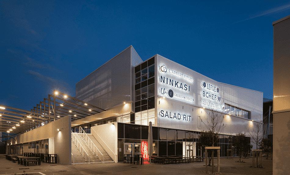 Les 23 250 m² du pôle de loisirs d'OL Vallée à Décines livrés par Vinci. Reste à définir la date d'ouverture au public…