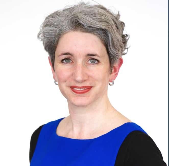 Roselyne Hubert, la directrice du Centre de Formation d'Apprentis d'IGS Lyon prend la présidence du réseau des CFA de France