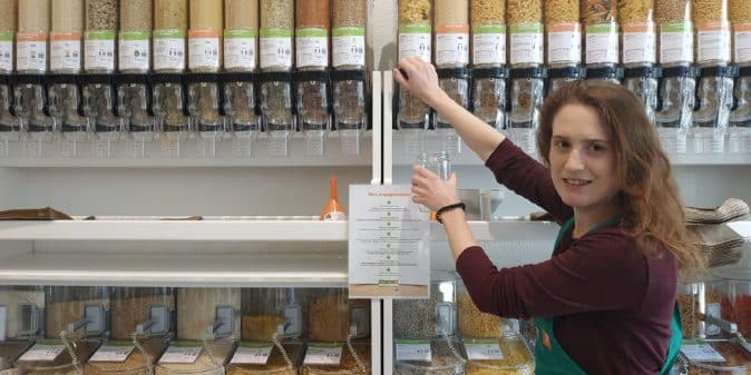 En plein confinement, un magasin d'épicerie en vrac ouvre ses portes à Lyon