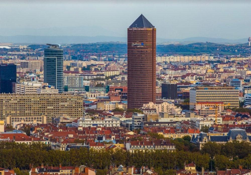 Le Radisson Blu Lyon et Celest Bar et Restaurant® offrent aux Lyonnais de nouveaux rendez-vous
