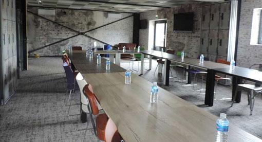L'Entrepôt - concept de salle de réunion pour séminaires d'entreprises