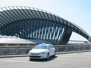 Taxi accueil personnalisé en gare et aéroport