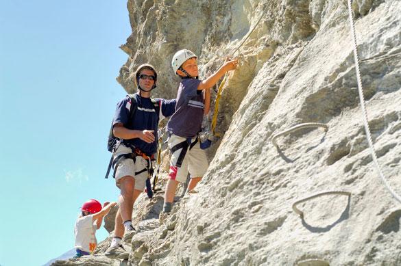 Tourisme en Rhône-Alpes: pour les professionnels, la saison s'annonce franchement morose
