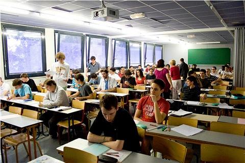 Une nouvelle Ecole de formation pour informaticiens s'implante à Lyon: l'EPITA