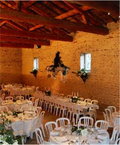 Votre mariage dans un Domaine du Beaujolais au milieu des vignes