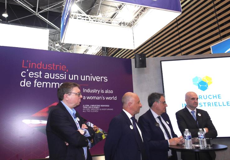 Vu au salon «Global Industrie» à Lyon-Eurexpo: sans commentaire…